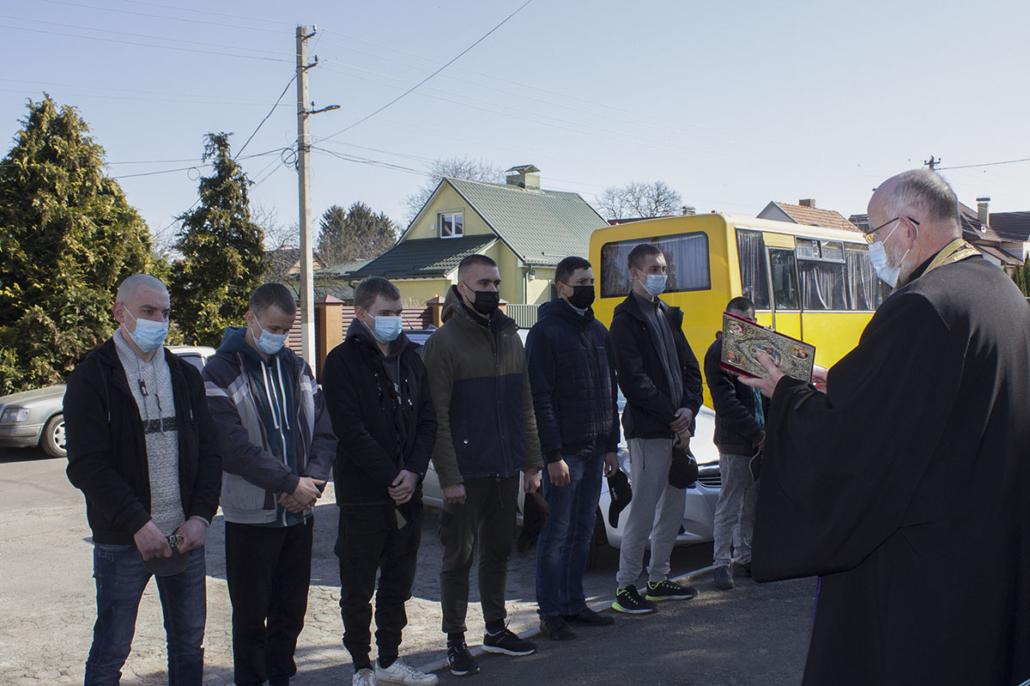 У Нововолинській громаді на 100 % виконали план призову строковиків