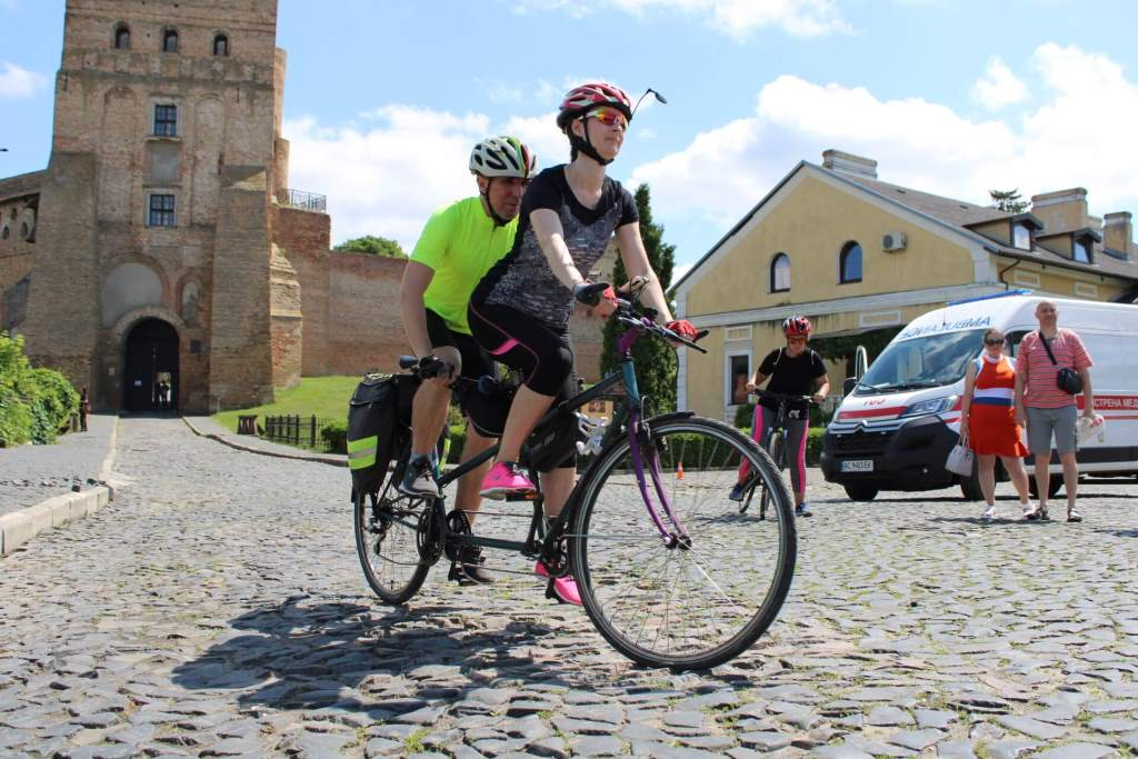 У Луцьку стартував всеукраїнський велопробіг за участю незрячих людей