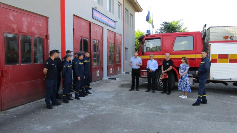 Ківерцівській громаді передали пожежний автомобіль від благодійників