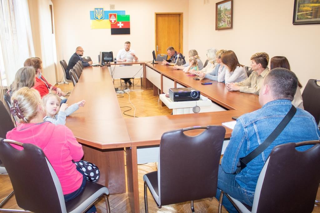 У Нововолинську обговорили доцільність створення стерилізаційного центру