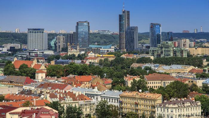 Литва з 1 липня скасовує карантин