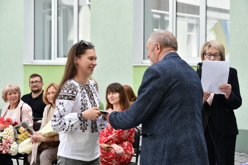 У Луцькій художній школі відбулося свято випускників