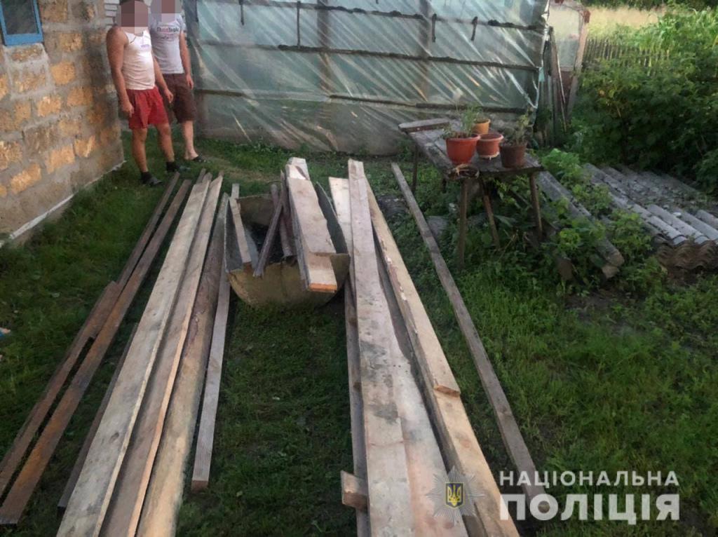 Волинянин викрав металеві конструкції та дошки з-під мосту