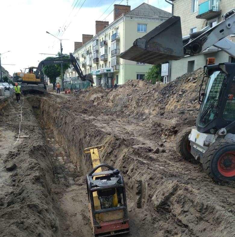 Коли завершать ремонт лівої смуги проспекту Волі у Луцьку