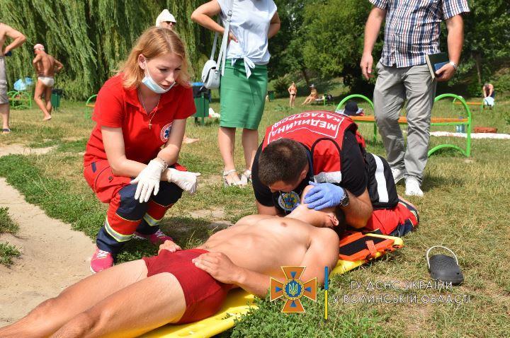 У Луцьку організували навчання з порятунку людей на воді