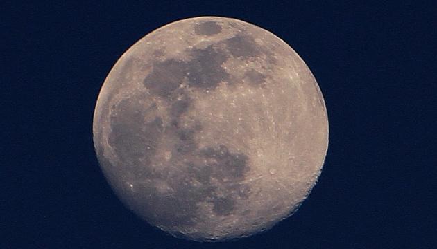 Уряд США відмовив Безосу в укладенні контракту з висадження на Місяць