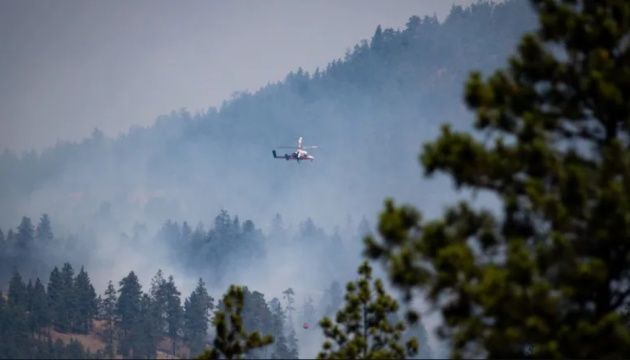 Лісові пожежі в Канаді пошкодили залізничні гілки та затримали потяги