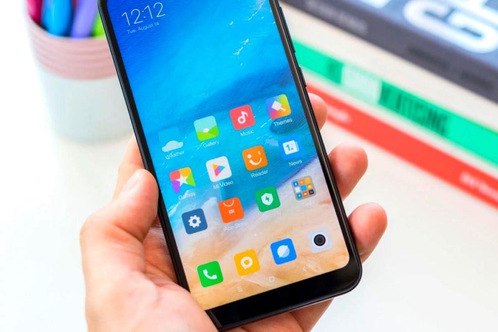 У Володимирі-Волинському викрили крадійок мобільних телефонів