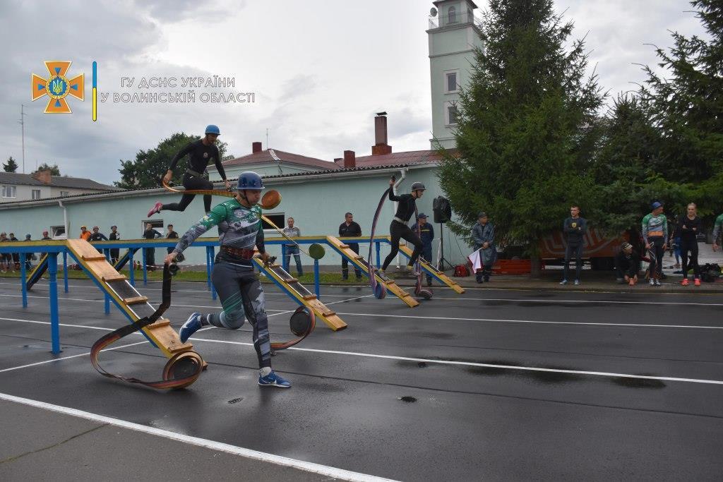 У Луцьку тривають змагання за кубок України з пожежно-прикладного спорту