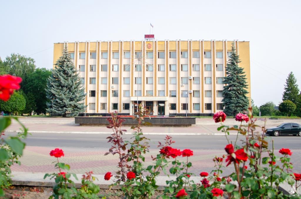 У Нововолинську представили нових керівників управління освіти та відділу культури