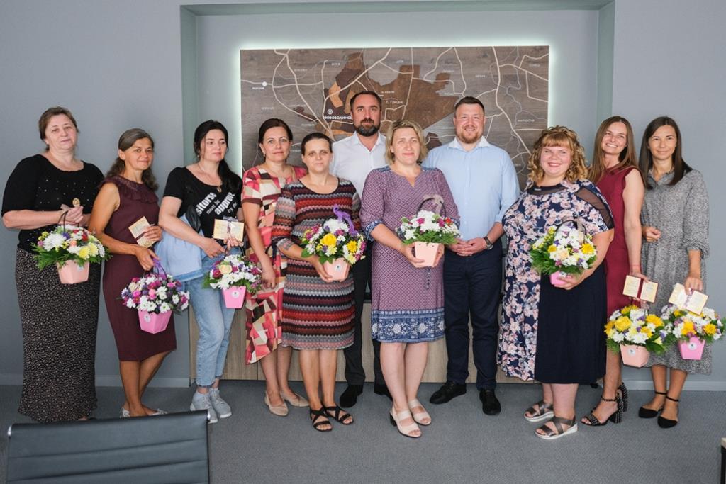 Вісім жінок з Нововолинської громади отримали звання «Мати-героїня»