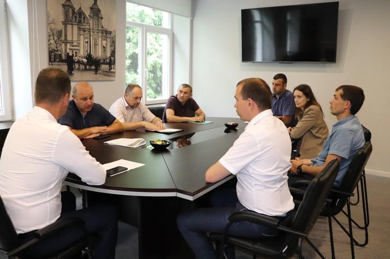Ексгумація та реставрація: у Володимирі-Волинській міськраді обговорили майбутні роботи на валах Городища