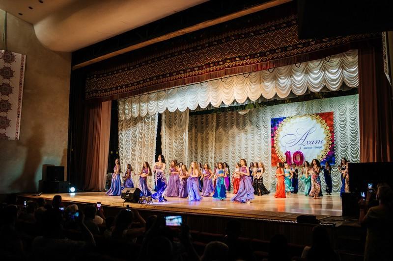 У Ковелі грандіозним концертом відзначив своє десятиліття танцювальний колектив «Ахат»