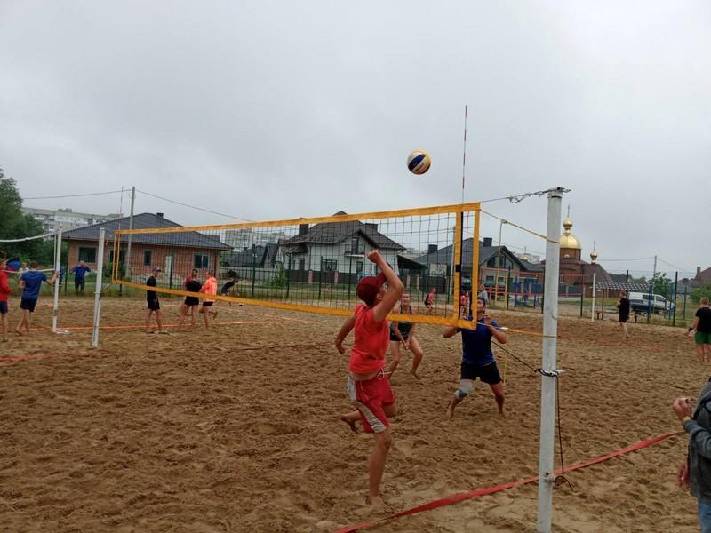 У Ковелі 18 команд виборювали перемогу у турнірі з пляжного волейболу