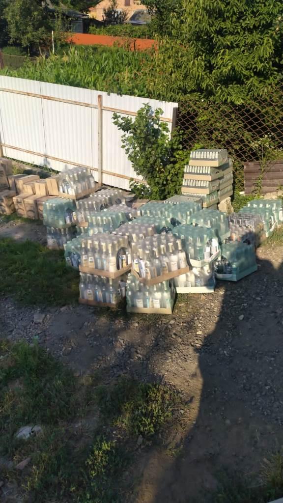 На Волині вилучили три тисячі літрів контрафактного алкоголю
