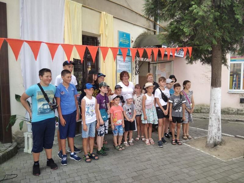 У рамках проекту «Школа FRILUFSTLIV» луцькі школярі зустрілися з письменницею Надією Гуменюк
