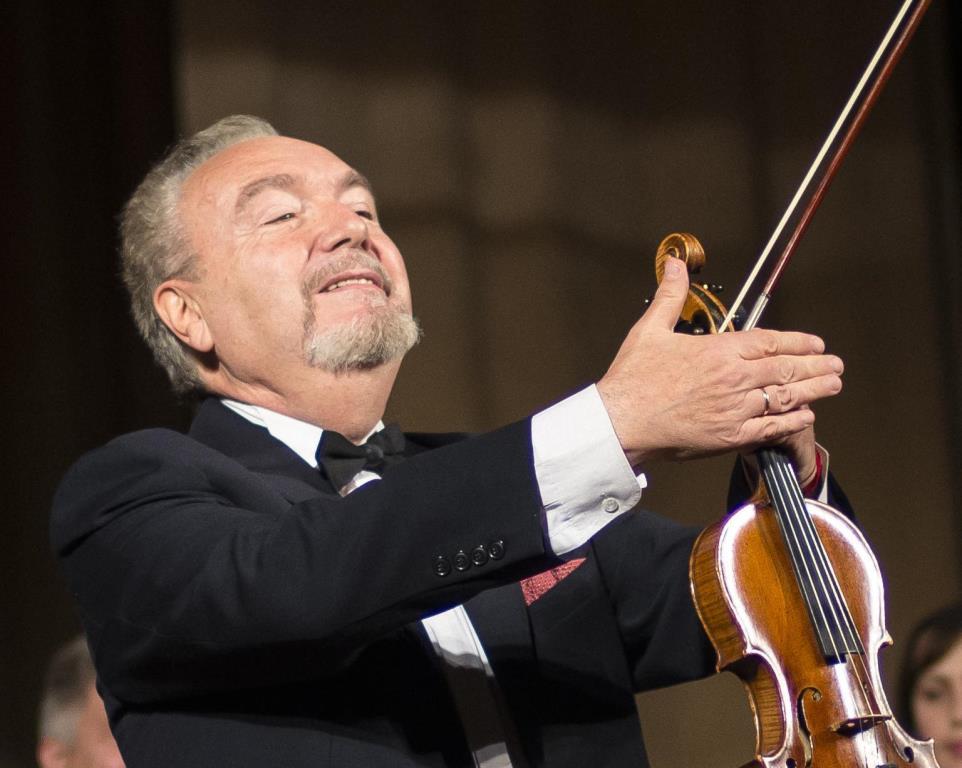 Художній керівник оркестру «Кантабіле» став почесним громадянином Луцька