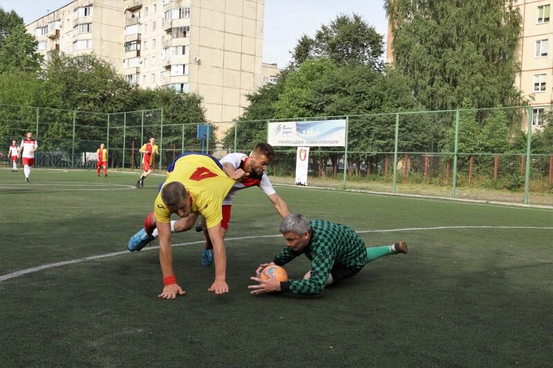 Команди Луцької громади змагалися за «Кубок міського голови» з міні-футболу