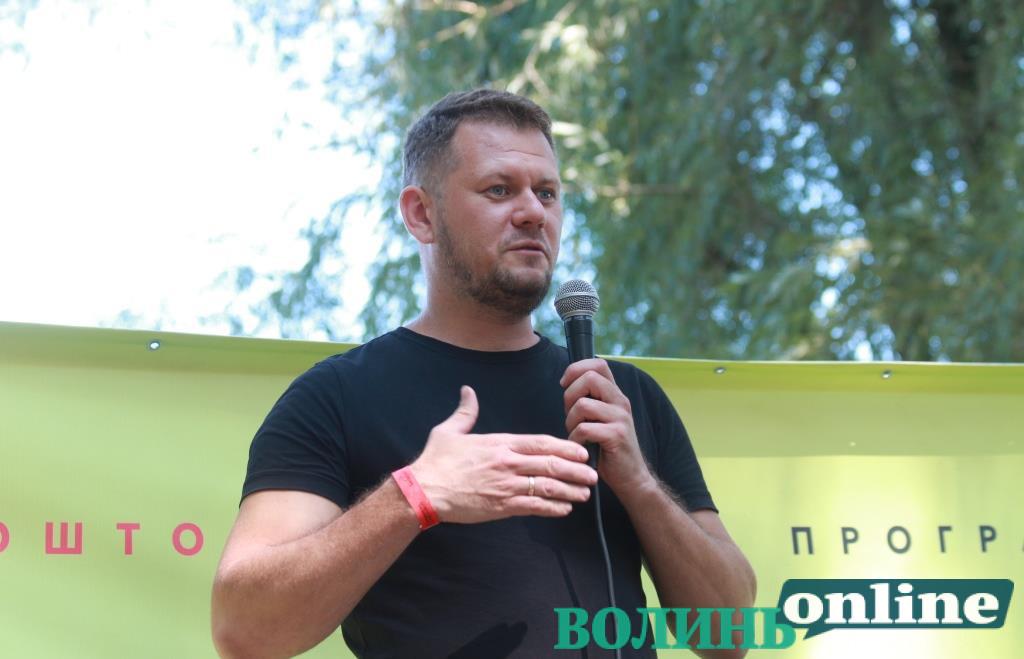 Боротьба за смаки обивателів та повернення Донбасу: Денис Казанський виступив на гутірковій сцені «Бандерштату»