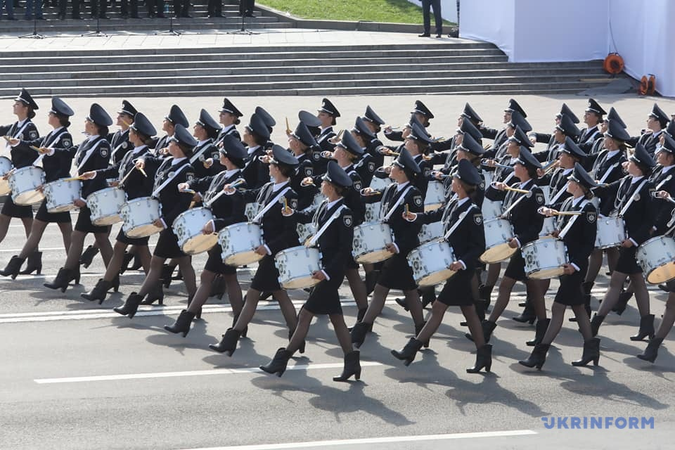 На Хрещатику — військовий парад до 30-річчя Незалежності України. ВІДЕО