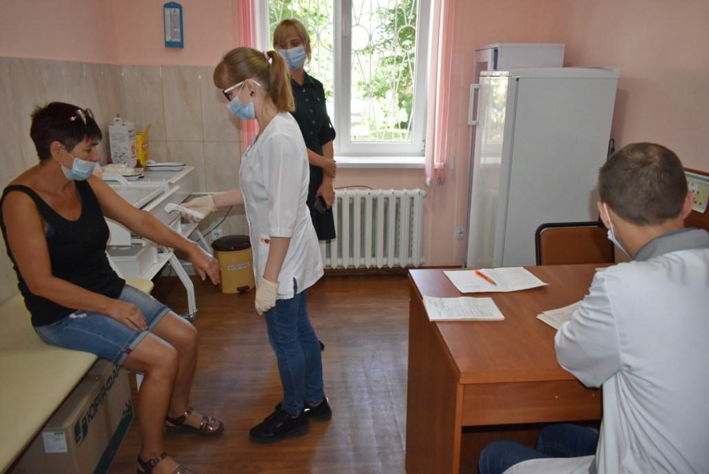 У Нововолинську провели майже сім тисяч щеплень від COVID-19