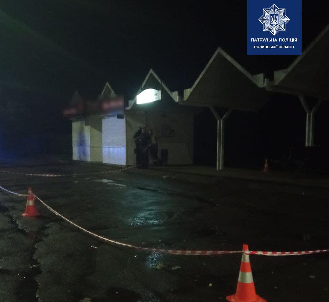 Волинські патрульні затримали особу, яка, ймовірно, стріляла у чоловіка