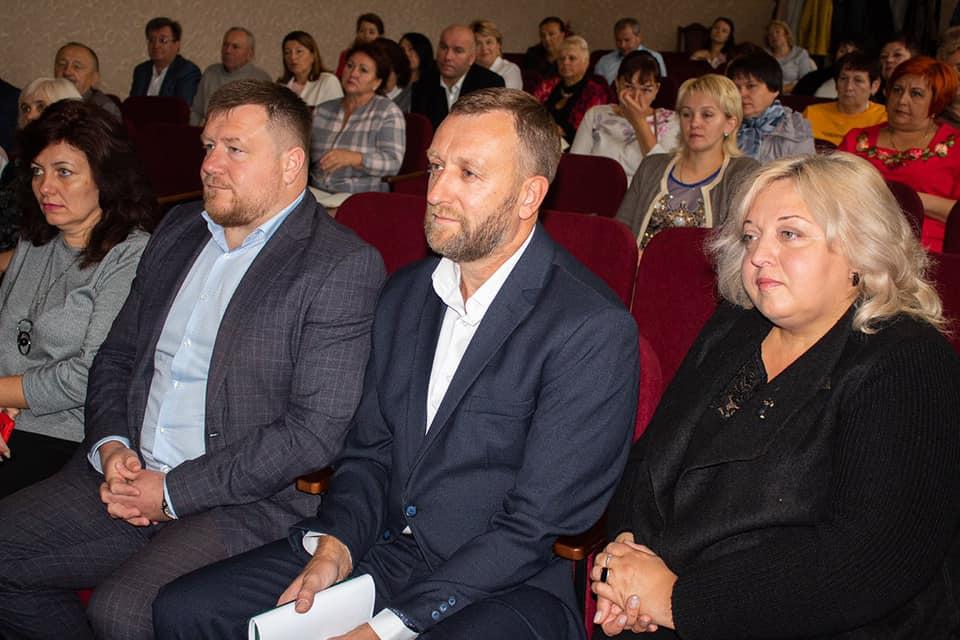 У Нововолинську освітяни обговорили навчальний рік