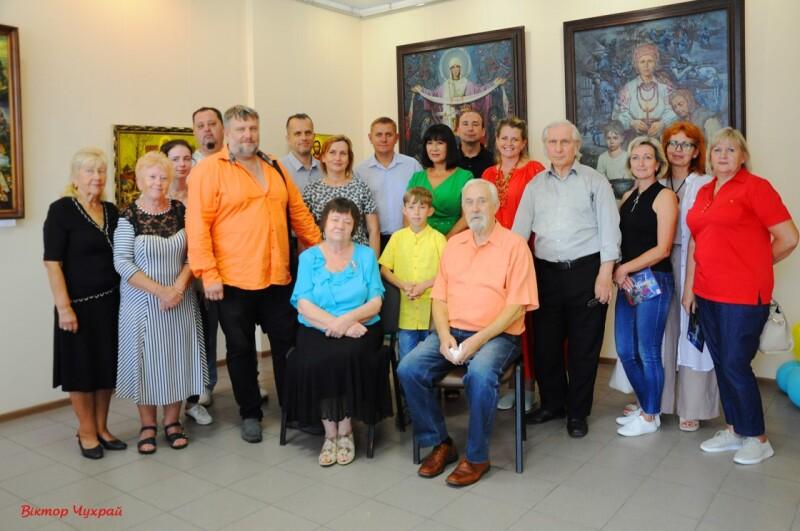 У Луцьку презентували виставку художніх робіт «Скарб Нації»