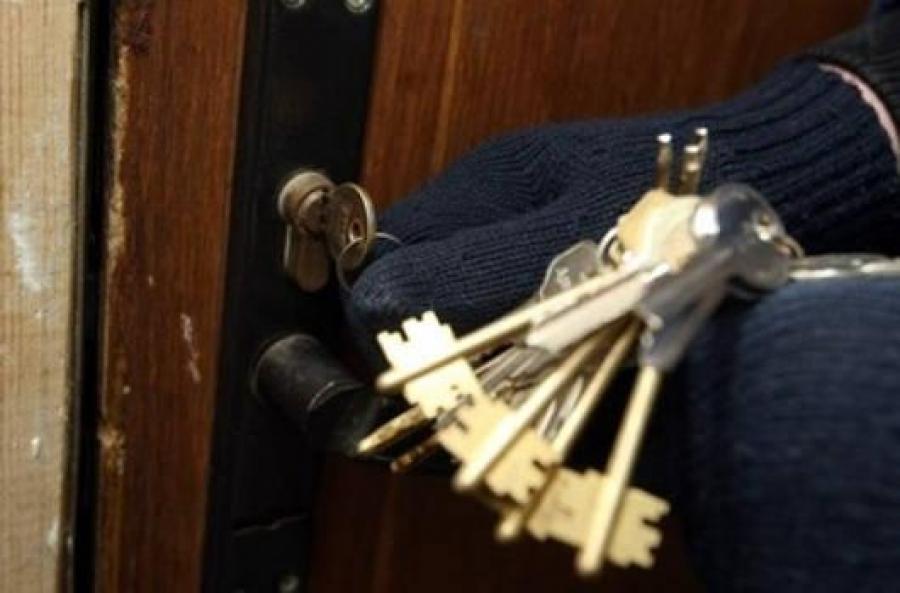 Підібрав ключі та вчинив крадіжку: на Волині викрили будинкового злодія