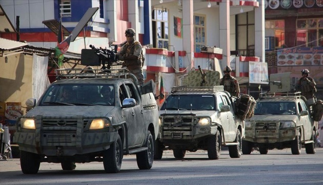 Таліби зайняли в Афганістані вже 6 столиць провінцій