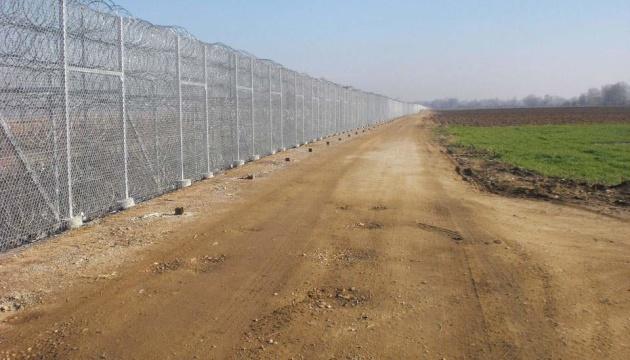 Греція завершила будівництво 40-кілометрової огорожі на кордоні з Туреччиною