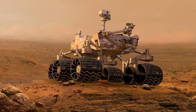 Мінігелікоптер зробив світлину марсоходу NASA на Червоній планеті