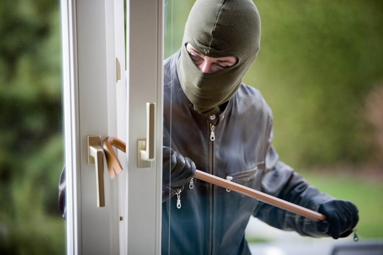За пограбування магазину волинянам загрожує кримінальна відповідальність