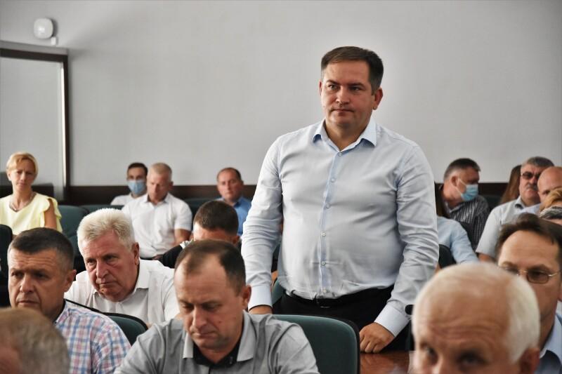 Представили нових керівників структурних підрозділів Луцької міської ради