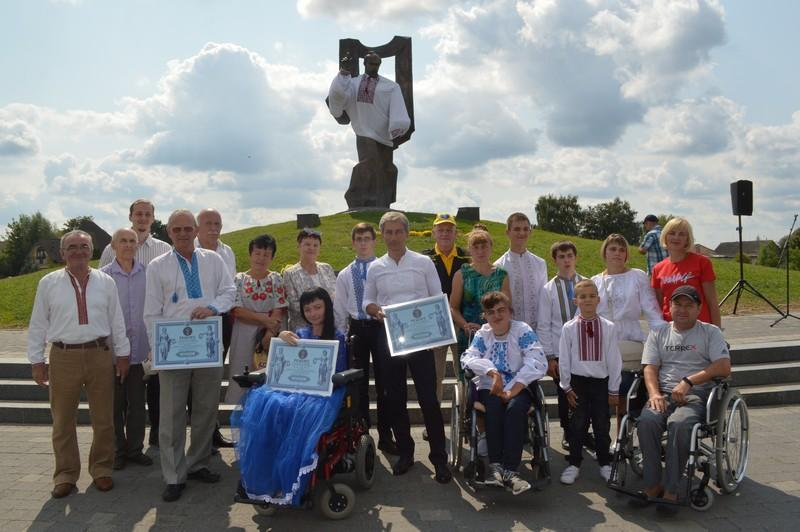 У Ковелі зареєстрували рекорд України – «Найвищий бронзовий пам'ятник Шевченку»