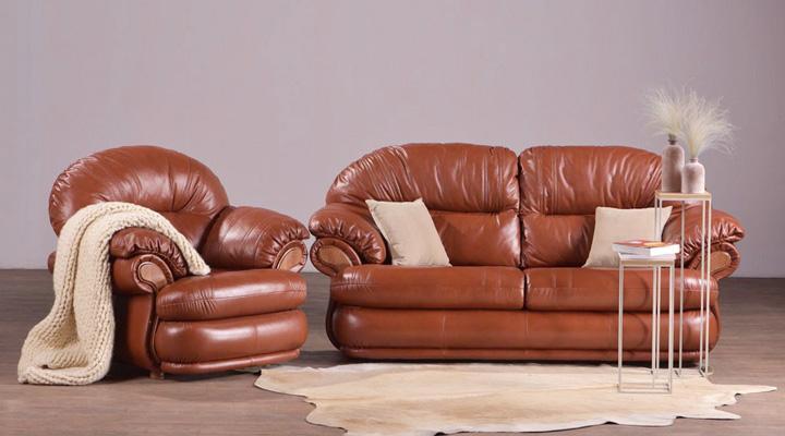 Чи варто ставити прямий диван під вікном: плюси та мінуси рішення*