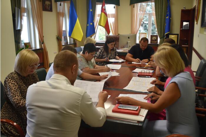 У Луцьку готуються до відзначення державних свят та Дня міста