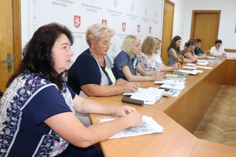 У Володимир-Волинській міськраді організували круглий стіл із підприємцями