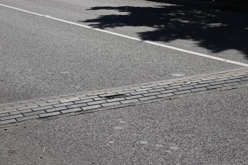 У Володимирі перевірили висоту дорожніх настилів