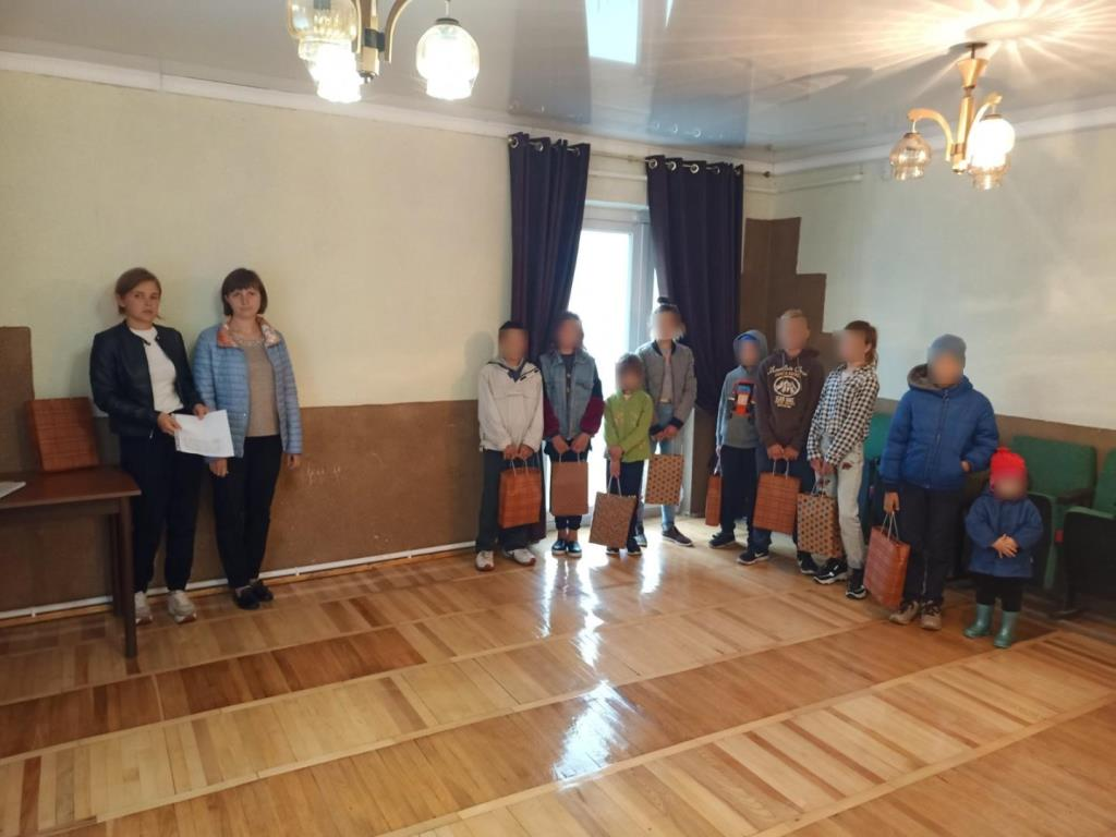 «Скоро до школи»: у громаді поблизу Луцька організували благодійну акцію