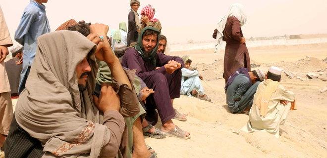 ЄС думає, як зупинити масові потоки мігрантів з Афганістану