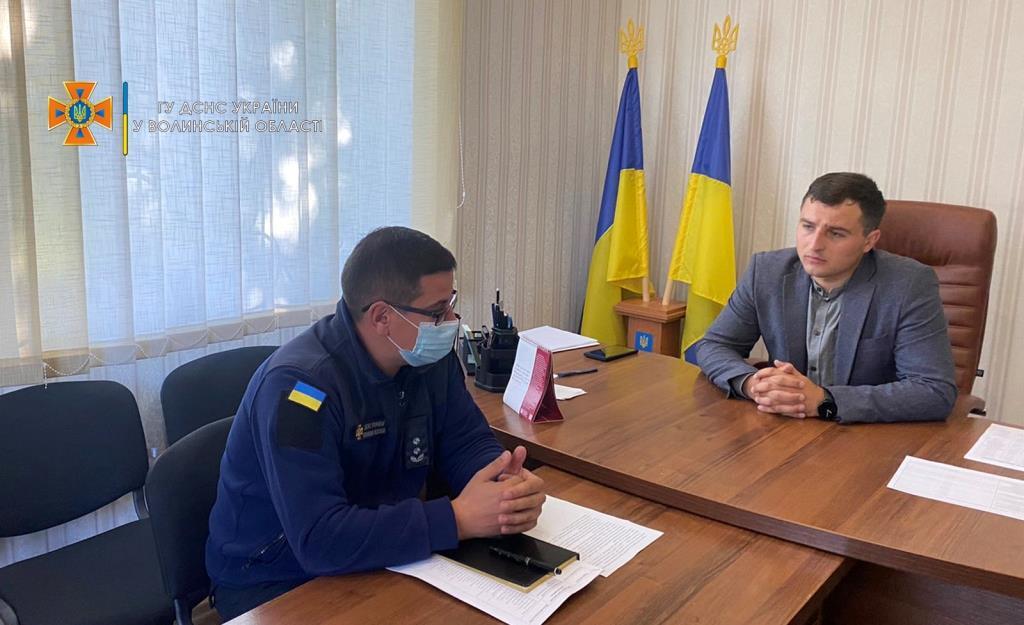 У Володимир-Волинському районі рятувальники обговорили з місцевою владою перспективи створення підрозділів МПО у громадах