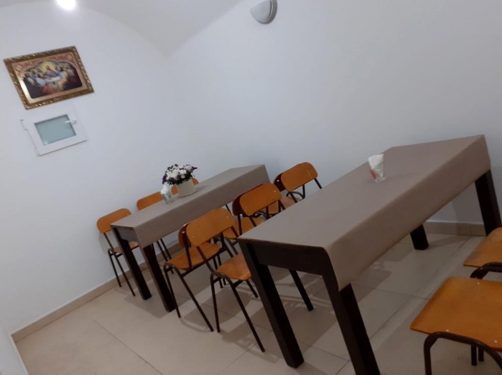 Благодійна їдальня у центрі Луцька прийняла перших відвідувачів