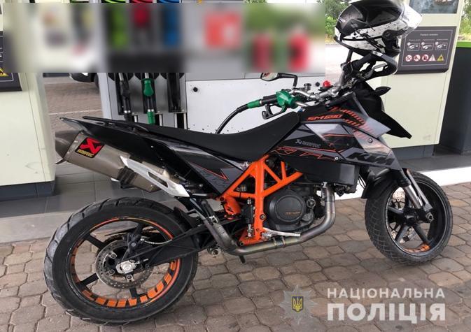 У Нововолинську поліцейські розшукують викрадений мотоцикл