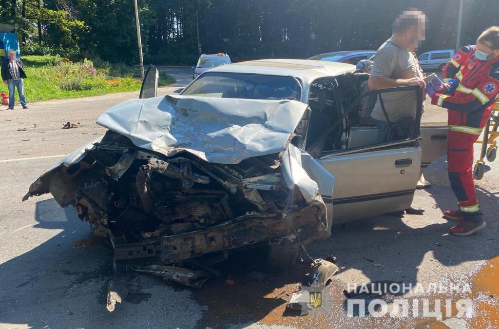 Внаслідок двох ДТП на Волині постраждало троє водіїв: поліція здійснює досудове розслідування