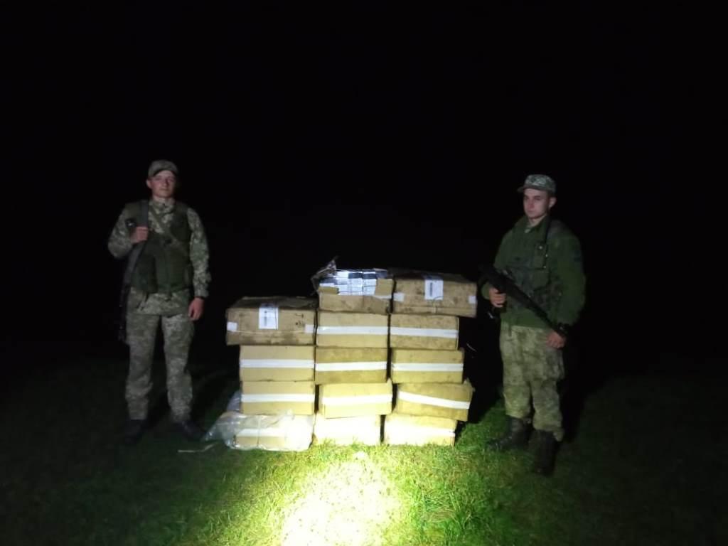 Сім тисяч пачок  контрабандних цигарок волинські прикордонники виявили на кордоні з Білоруссю