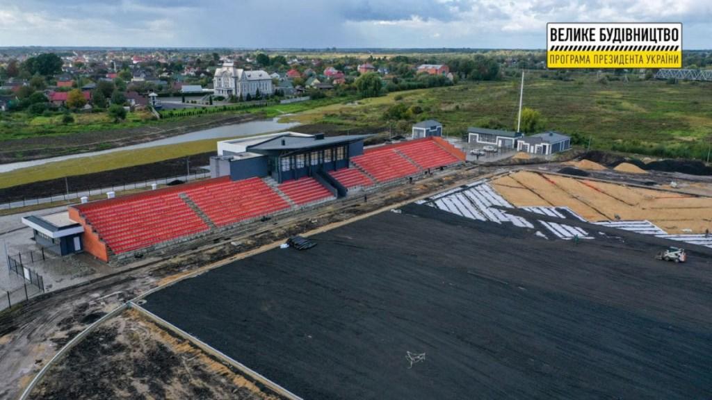 У Ковелі триває третій етап реконструкції стадіону «Локомотив»