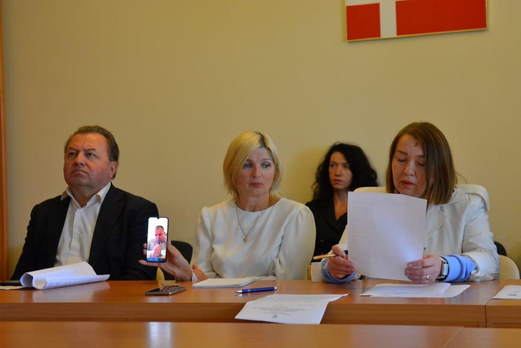 Комісія Волиньради рекомендувала звільнити керівників двох комунальних підприємств