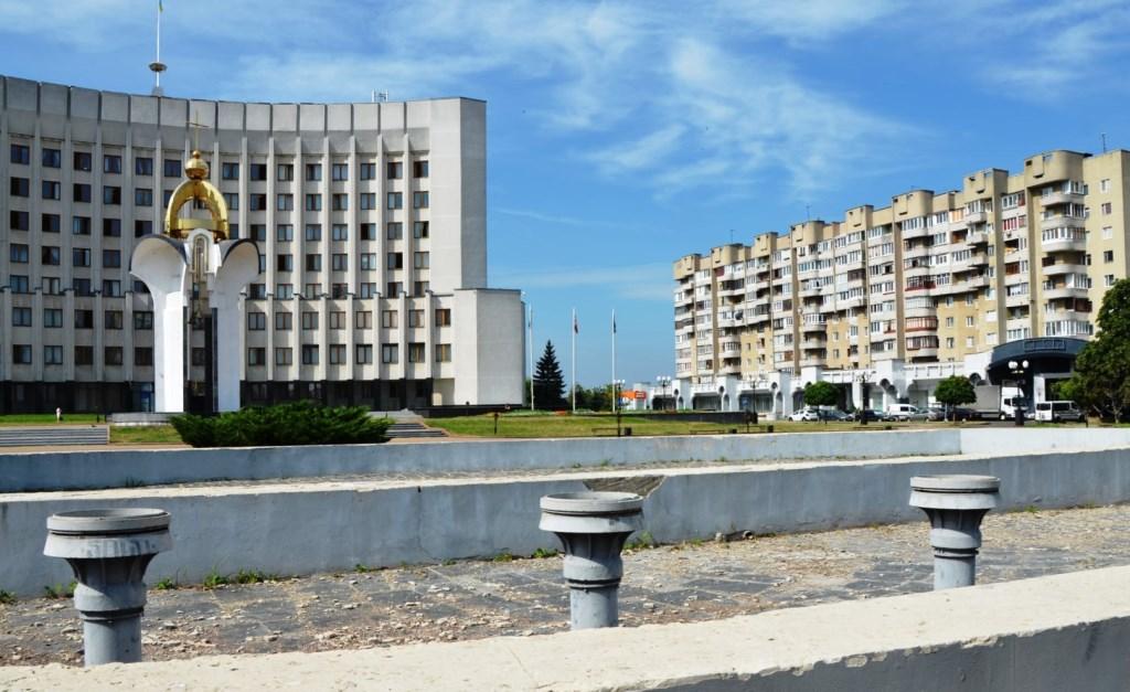 Лучан запрошують до участі у конкурсі на кращий проект реконструкції фонтану на Київському майдані
