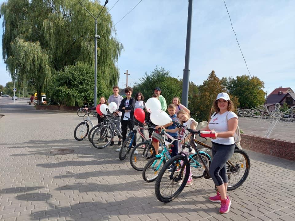 У Володимирі-Волинському першу велосипедну екскурсію-квест провів випускник «Школи маленького гіда»